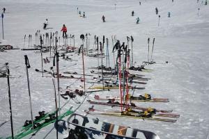 ski-poles-999255_640